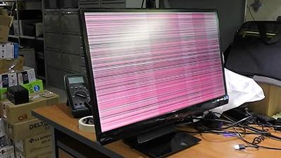 на мониторе дёргается изображение